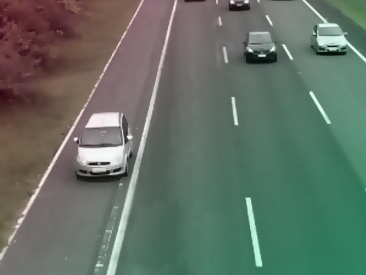Cuidados que deve tomar ao parar o seu veículo na rodovia!