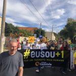 Durante a caminhada do movimento Maio Amarelo em Bebedouro.