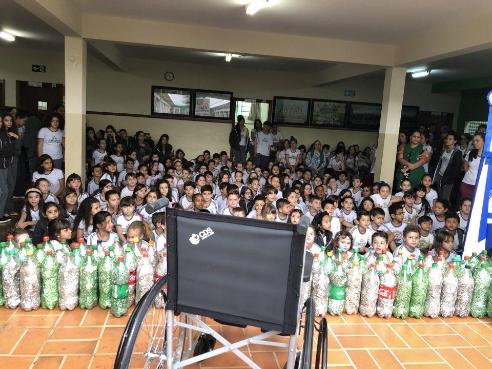 TEBE em parceria com a ARTESP e Colégio Alpha COC, viabilizam entrega de cadeira de rodas ao Rotary Club de Viradouro-SP