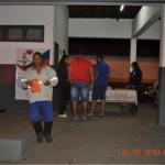 Durante o café na campanha, equipe da TEBE orienta os motoristas sobre os cuidados que devem tomar com o sono ao dirigir.
