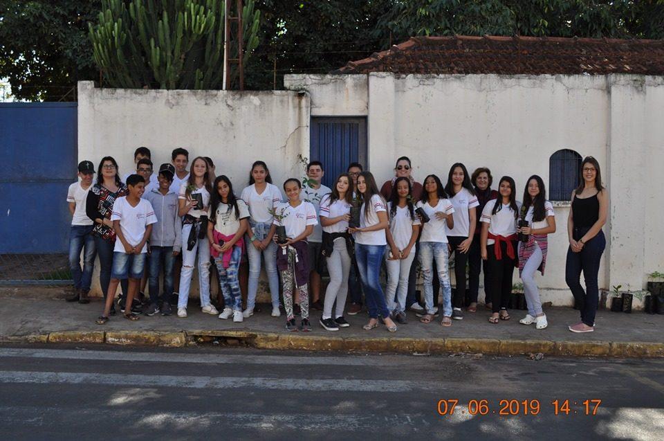 E. E. Maestro Villa Lobos em parceria com a TEBE realizaram campanha em comemoração ao Dia Mundial do Meio Ambiente