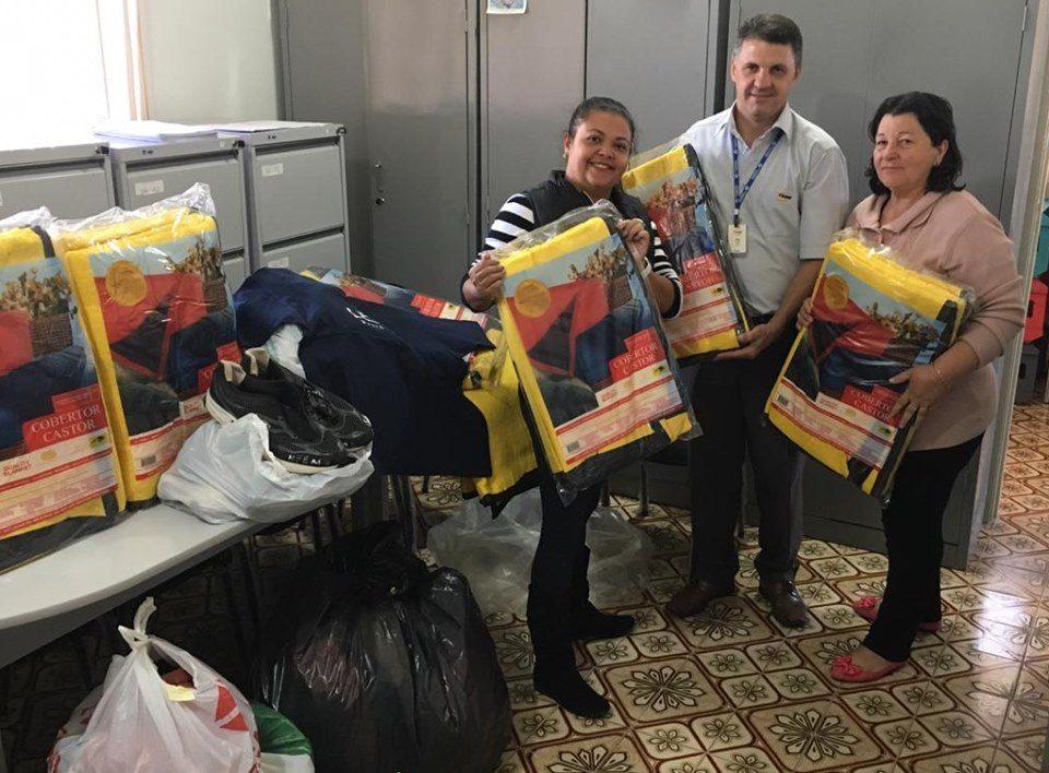 TEBE entrega roupas e cobertores em Pirangi na Campanha do Agasalho 2019